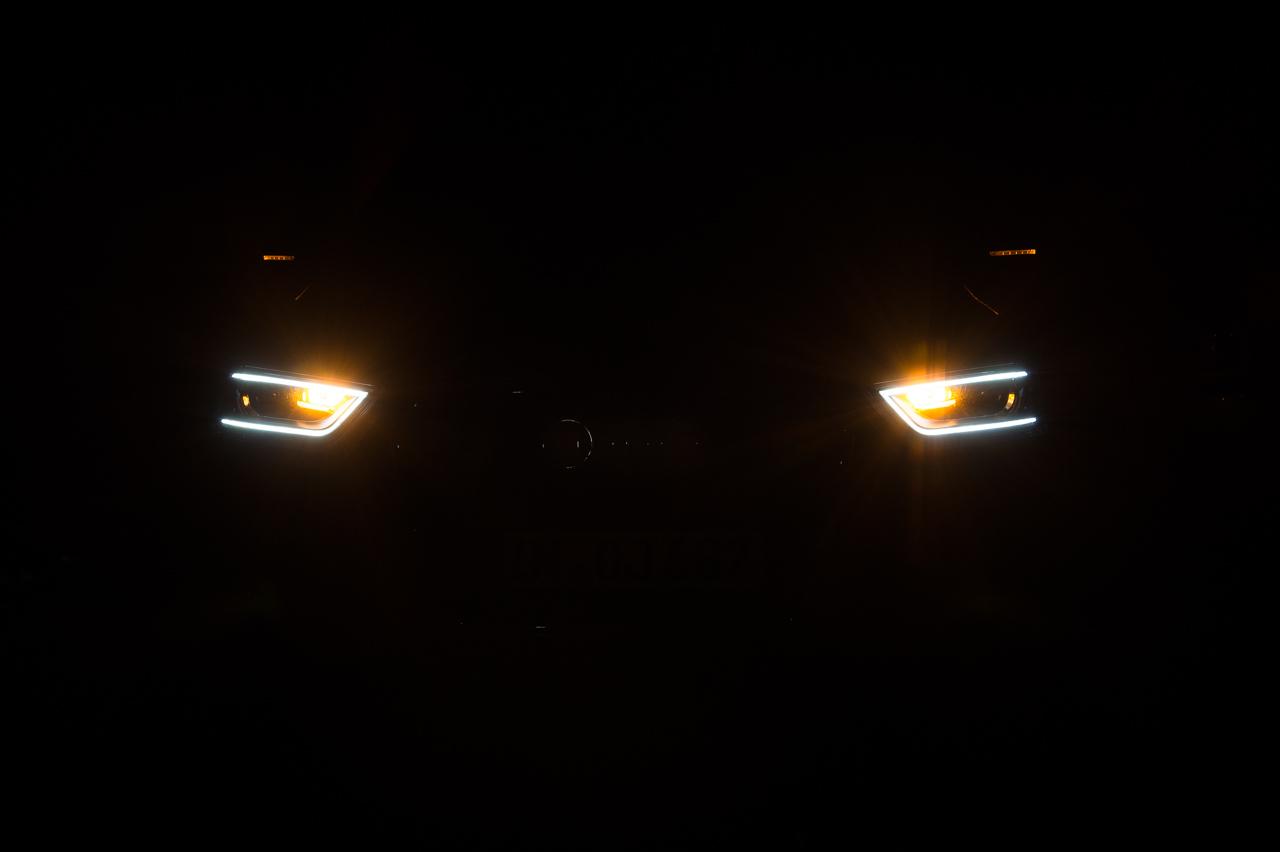 2012-audi-q3-20-tdi-quattro-sline-samoaorange-metallic-02