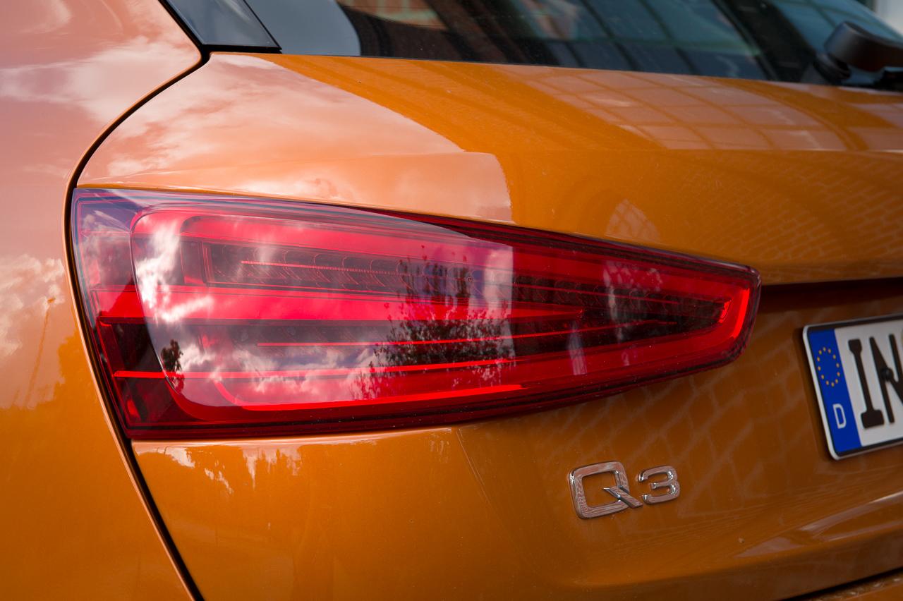 2012-audi-q3-20-tdi-quattro-sline-samoaorange-metallic-25