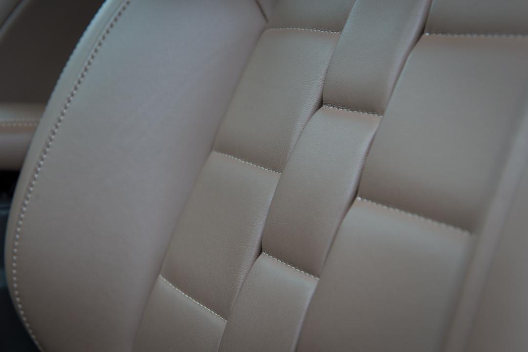 2012-citroen-ds4-hdi-165-sportchic-hickory-braun-metallic-leder-habana-007