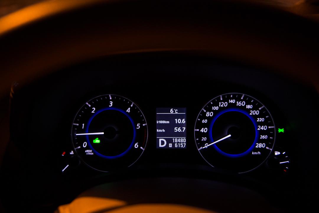 2012-infiniti-fx30d-s-premium-04
