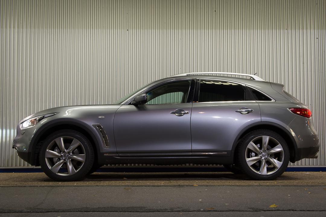 2012-infiniti-fx30d-s-premium-05