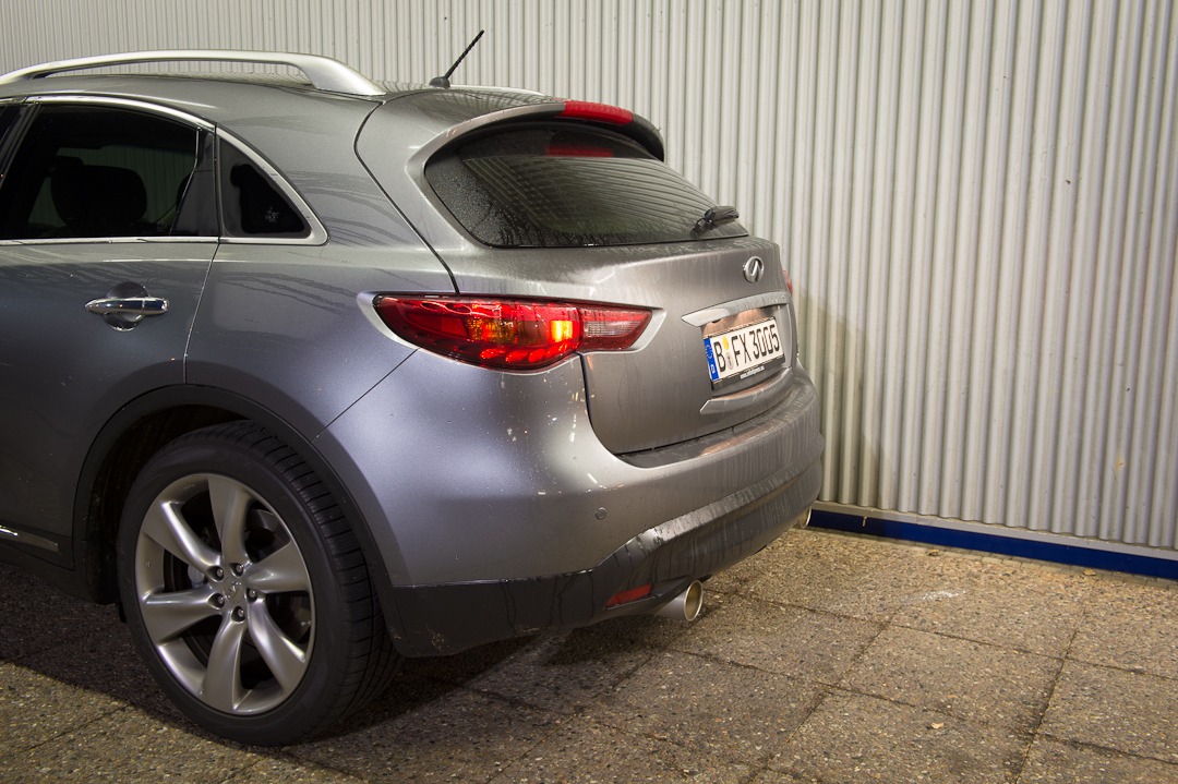 2012-infiniti-fx30d-s-premium-06