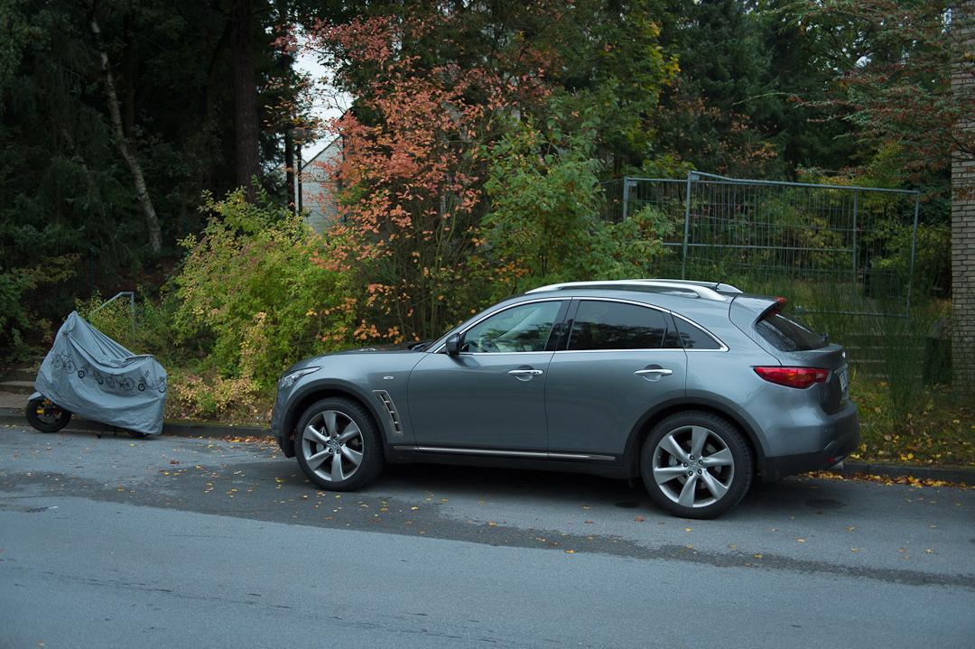 2012-infiniti-fx30d-s-premium-23