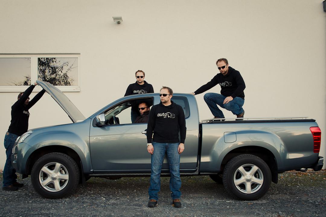 echter kerl 2012 isuzu d max space cab custom 4wd 2 5 td pickup auto geil. Black Bedroom Furniture Sets. Home Design Ideas