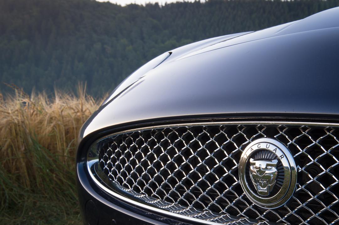 2012-jaguar-xk-cabriolet-v8-010