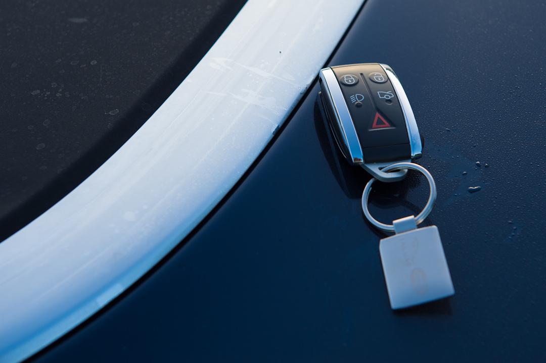 2012-jaguar-xk-cabriolet-v8-012