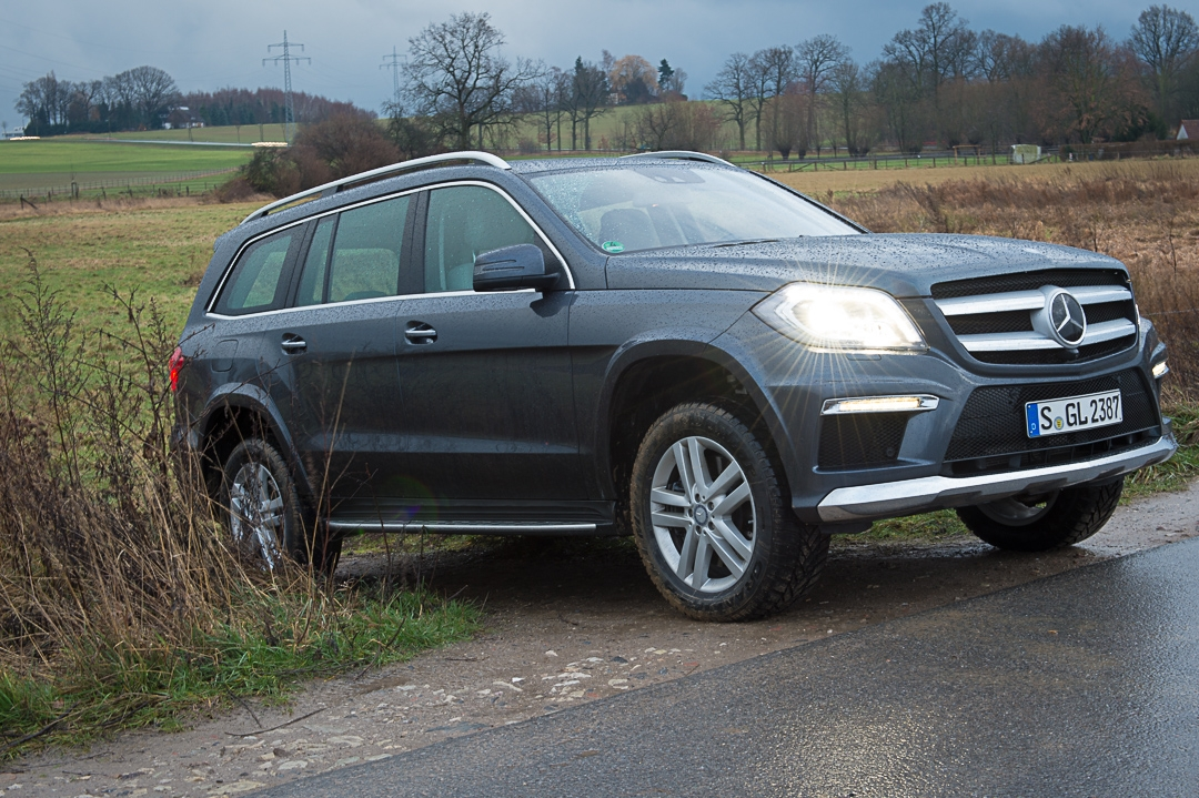 2012-mercedes-benz-gl-350-bluematic-4matic-x166-tenoritgrau-metallic-014_0