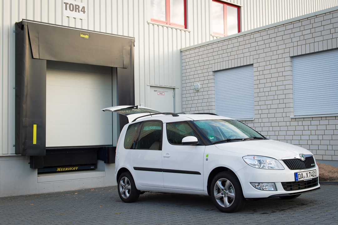 2012-skoda-roomster-tdi-12-greenline-diesel-candy-weiss-003