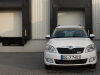 2012-skoda-roomster-tdi-12-greenline-diesel-candy-weiss-008