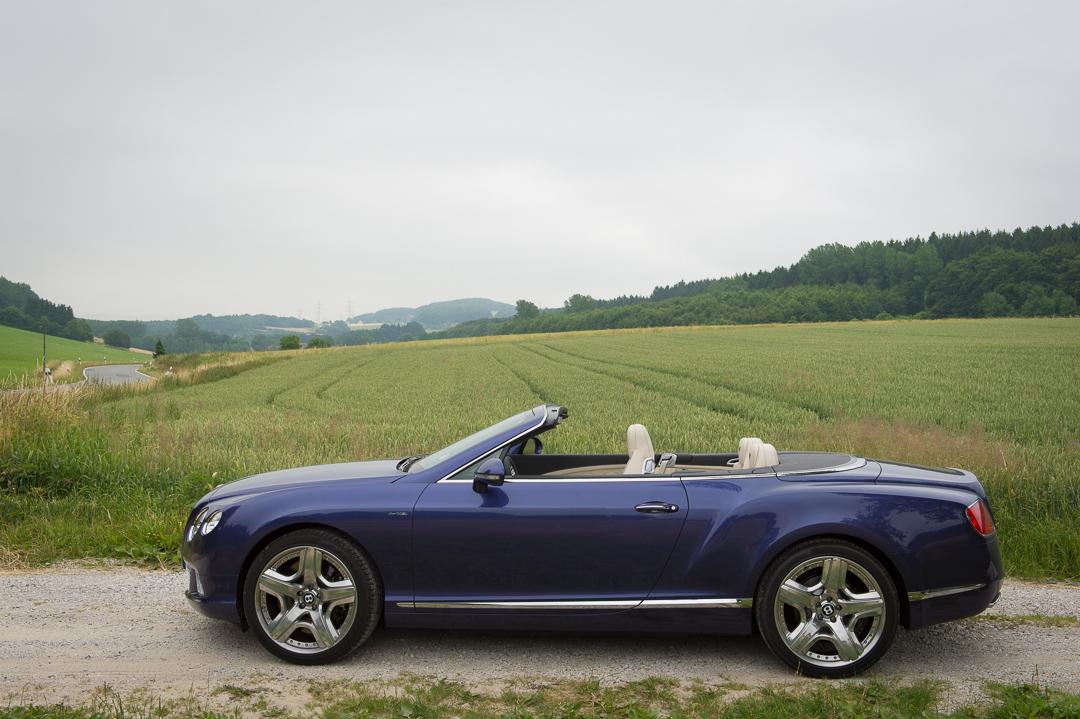 2013-bentley-continental-gtc-w12-blau-21