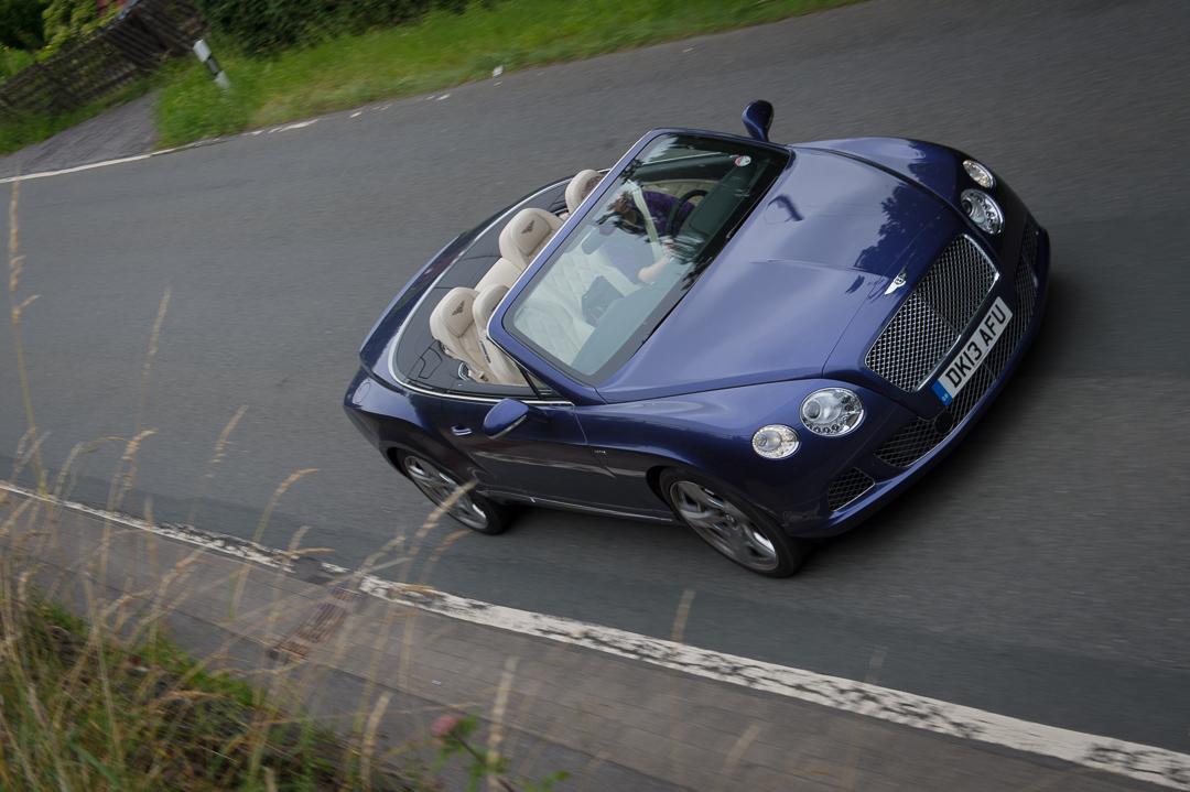 2013-bentley-continental-gtc-w12-blau-25