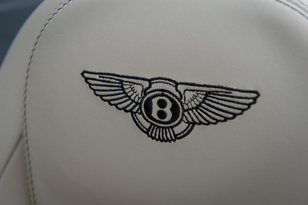 2013-bentley-continental-gtc-w12-blau-35
