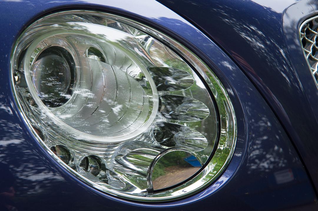 2013-bentley-continental-gtc-w12-blau-49