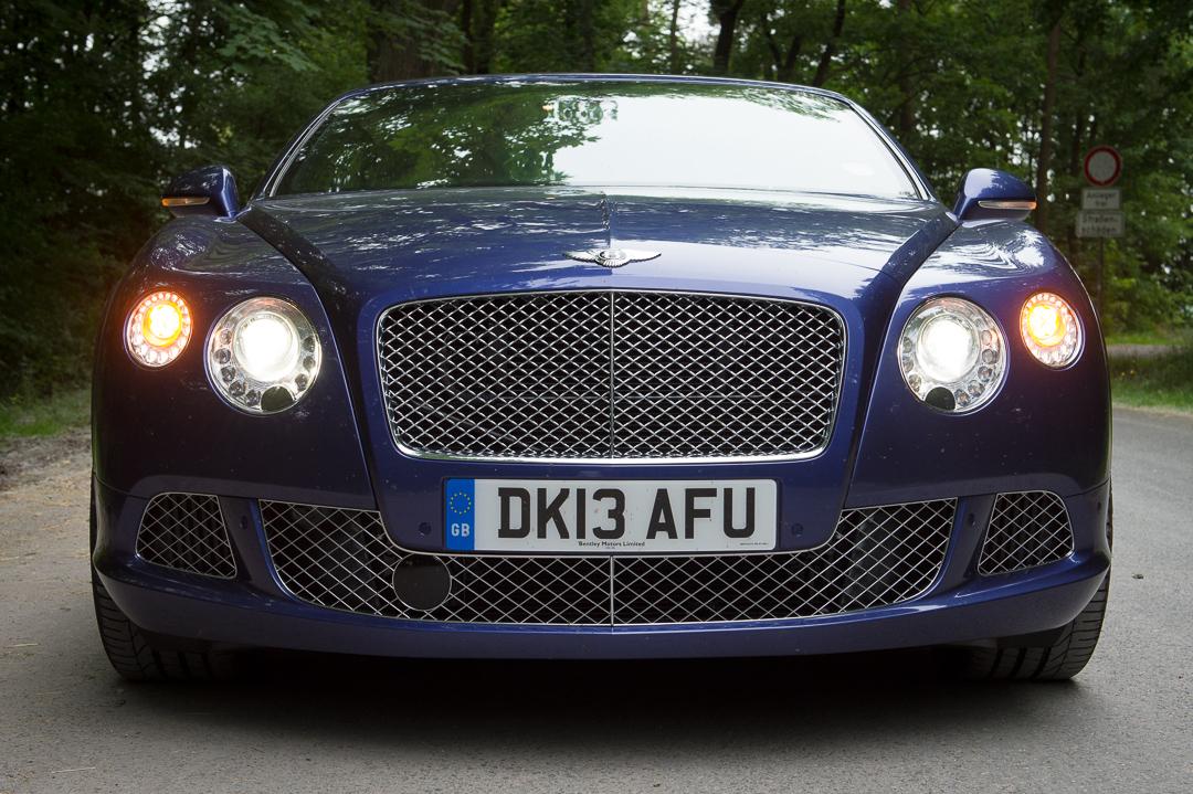 2013-bentley-continental-gtc-w12-blau-04