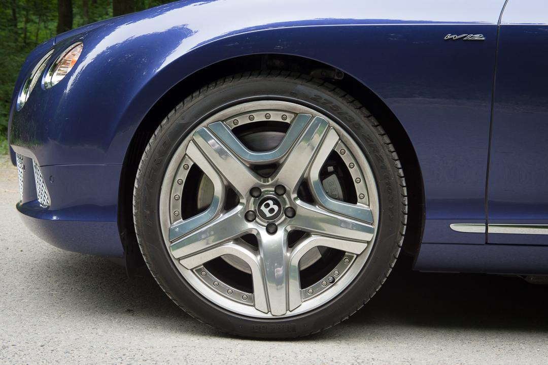 2013-bentley-continental-gtc-w12-blau-06
