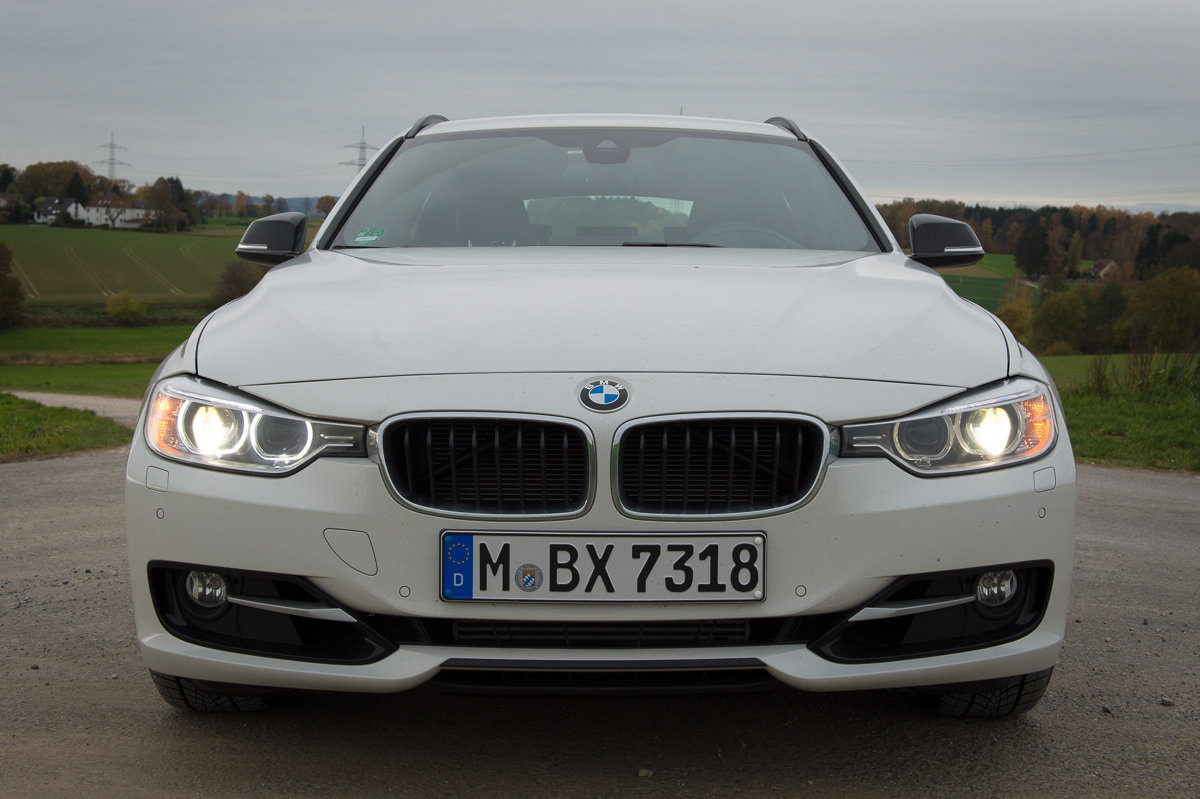 2013-bmw-328i-touring-weiss-19