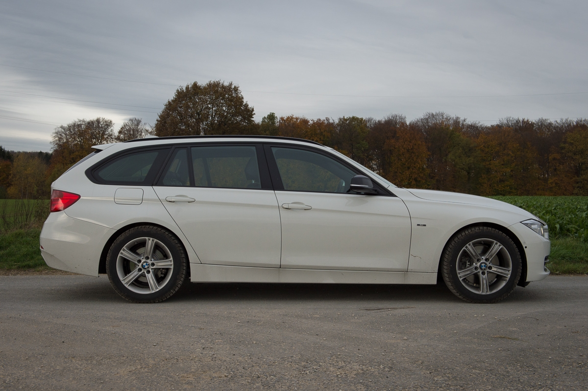 2013-bmw-328i-touring-weiss-12