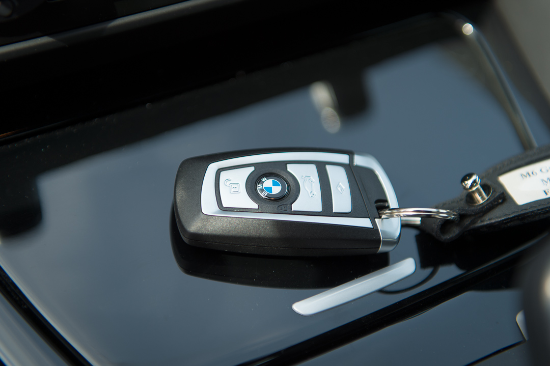2013-bmw-m6-grand-coupe-frozen-grey-metallic-16