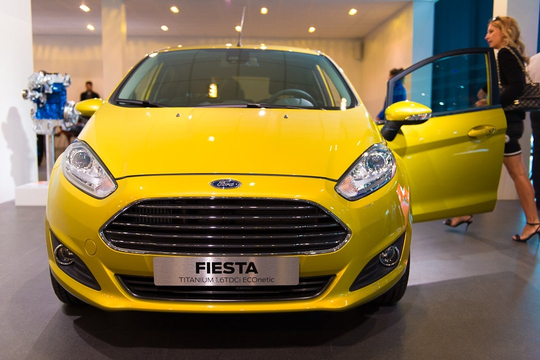 2012-ford-fiesta-titanium-16-tdci-econetic-yellow-gelb-003
