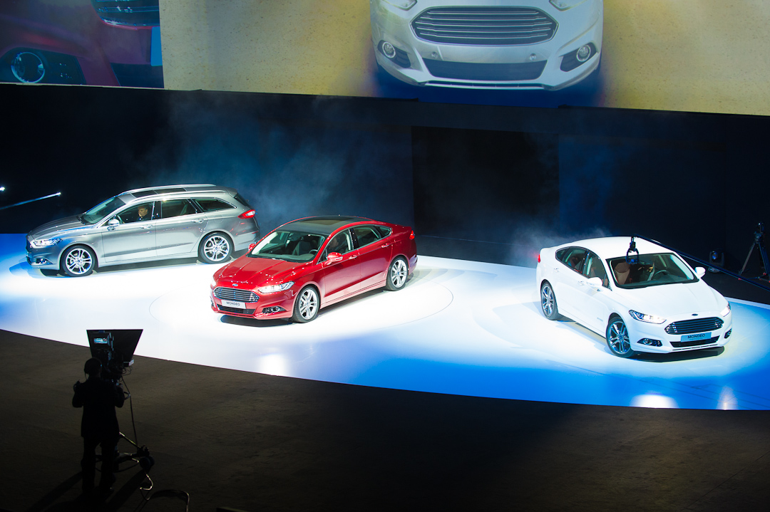 2012-ford-mondeo-presentation-gofurther-001