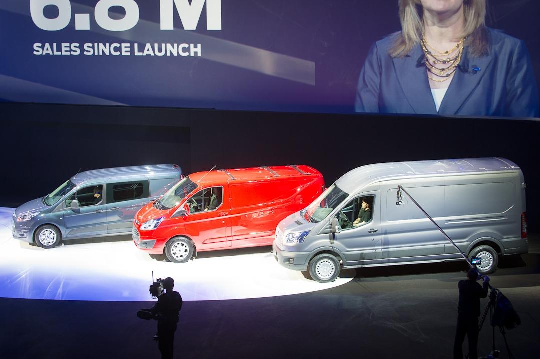 2012-ford-transit-001