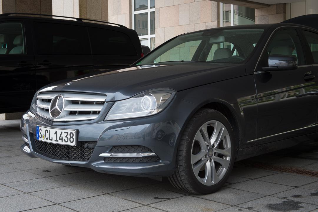 2013-mercedes-benz-c180-w204-lmousine-dunkelgrau-01