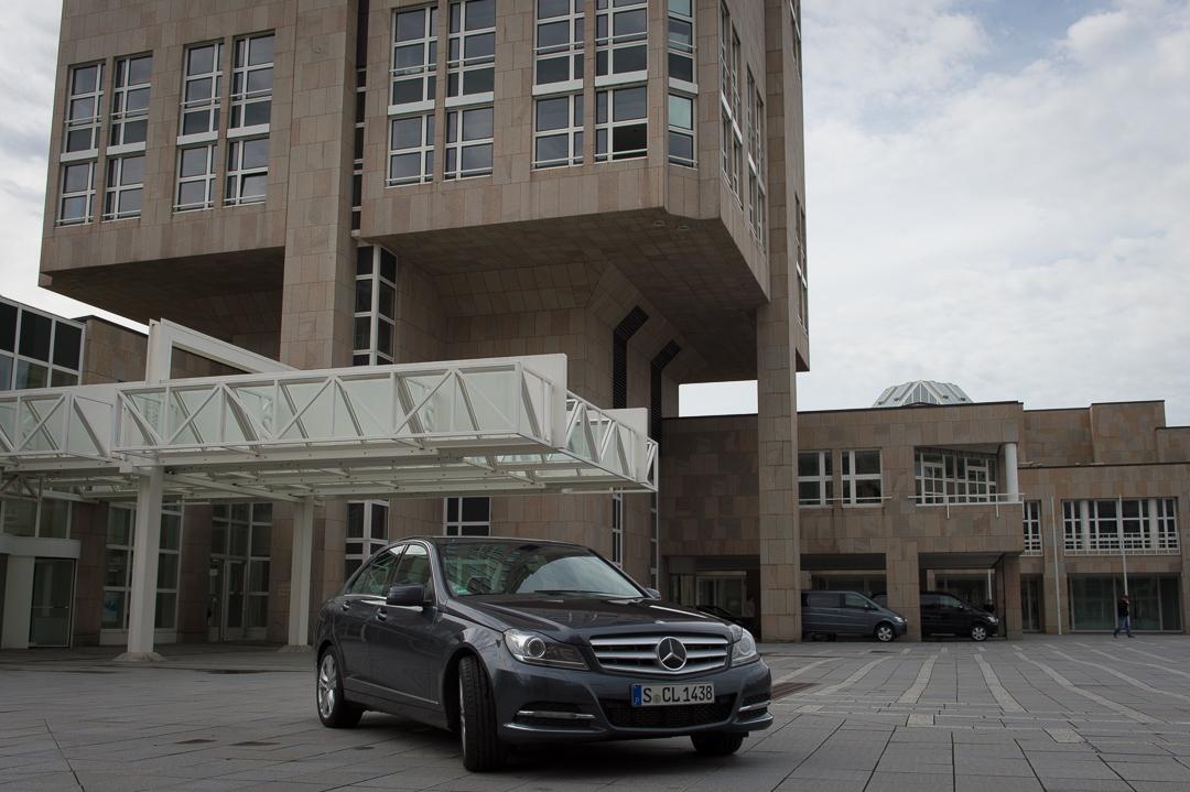 2013-mercedes-benz-c180-w204-lmousine-dunkelgrau-04