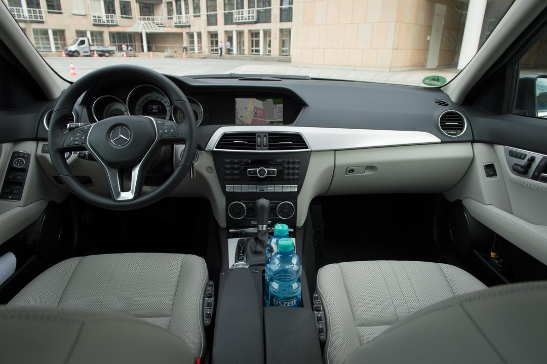 2013-mercedes-benz-c180-w204-lmousine-dunkelgrau-12