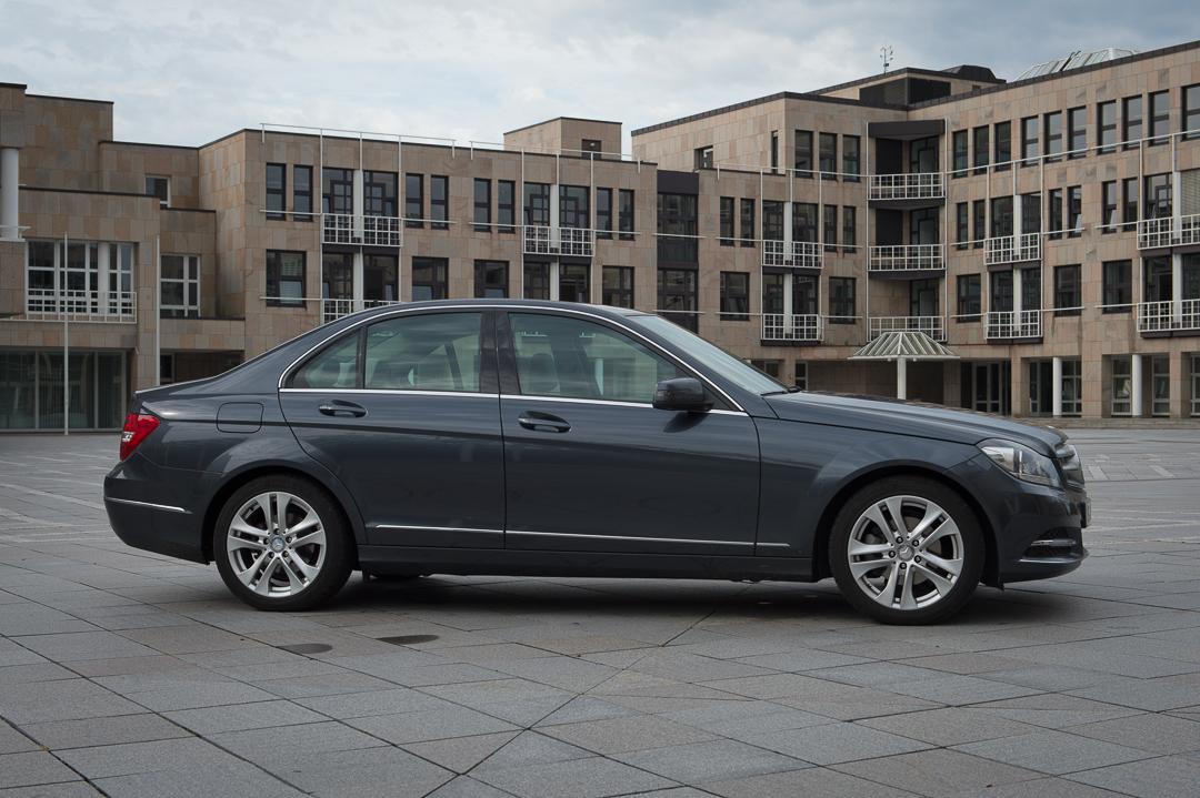 2013-mercedes-benz-c180-w204-lmousine-dunkelgrau-17