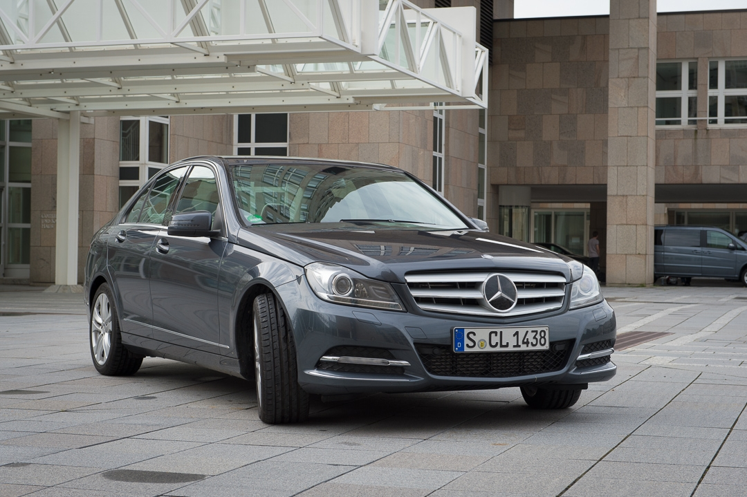 2013-mercedes-benz-c180-w204-lmousine-dunkelgrau-05