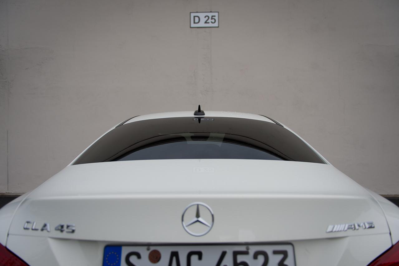 2013-mercedes-benz-cla-45-amg-zirrusweiss-bilster-berg-51