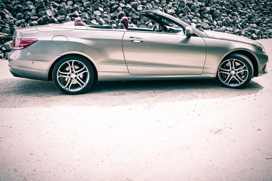 2013-mercedes-benz-e400-cabriolet-v6-silber-innen-rot-01