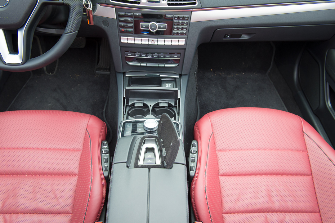 2013-mercedes-benz-e400-cabriolet-v6-silber-innen-rot-20