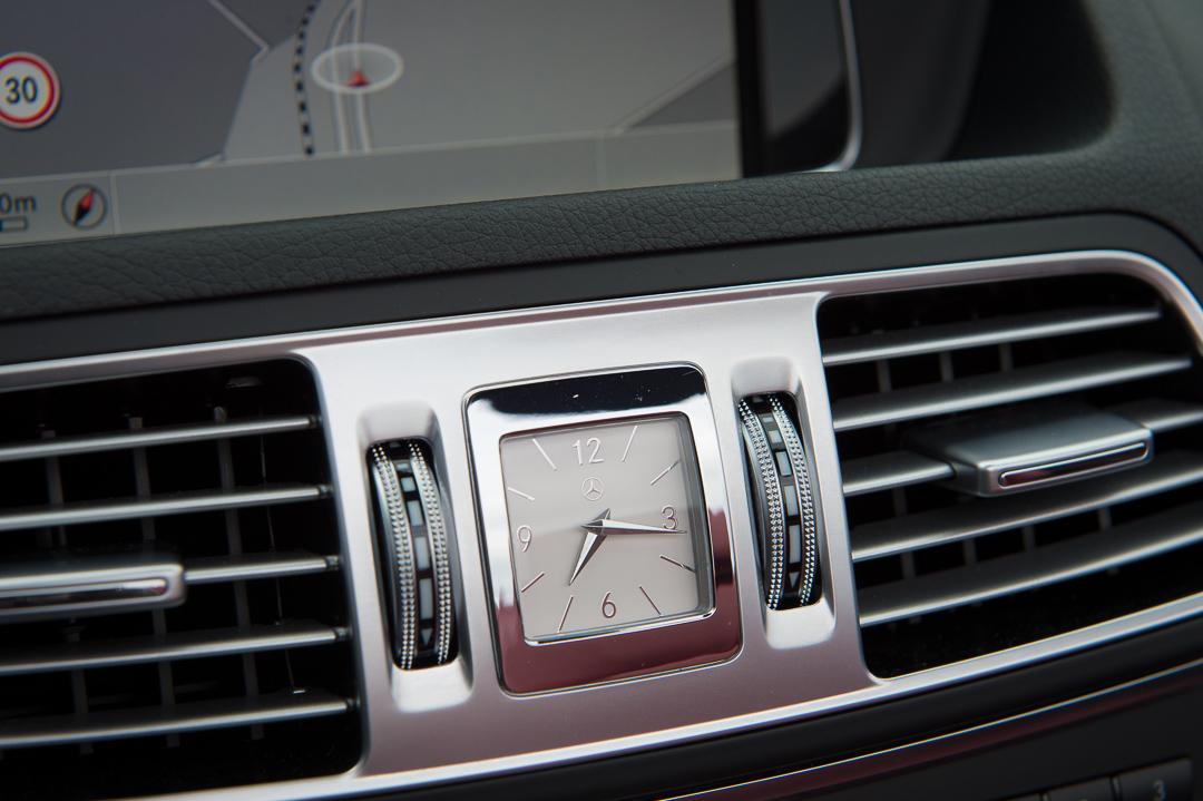 2013-mercedes-benz-e400-cabriolet-v6-silber-innen-rot-22