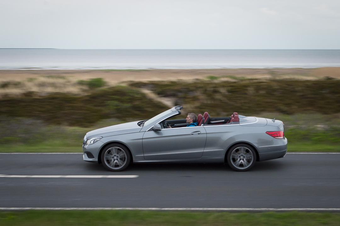 2013-mercedes-benz-e400-cabriolet-v6-silber-innen-rot-33
