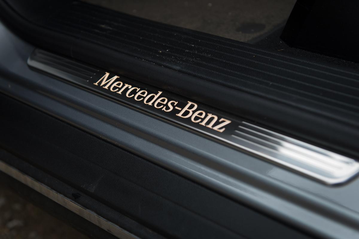 2013-mercedes-benz-ml-350-bluetec-4matic-grau-42