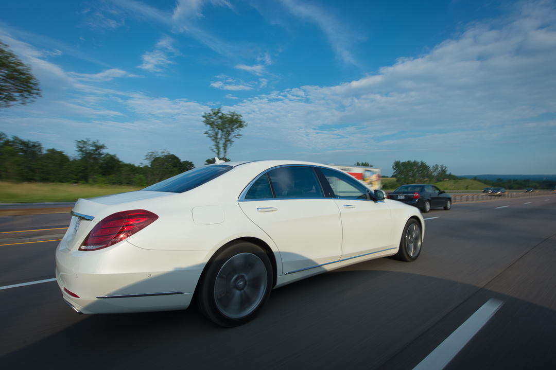 2013-mercedes-benz-s500-w222-brilliantweiss-toronto-12