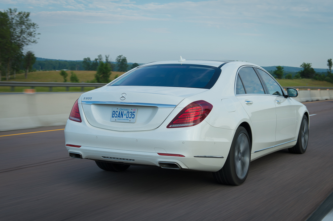 2013-mercedes-benz-s500-w222-brilliantweiss-toronto-13