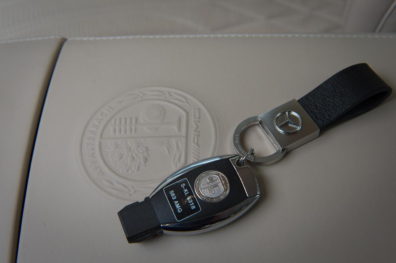 2013-mercedes-benz-s63-amg-4matic-schwarz-v222-w222-31