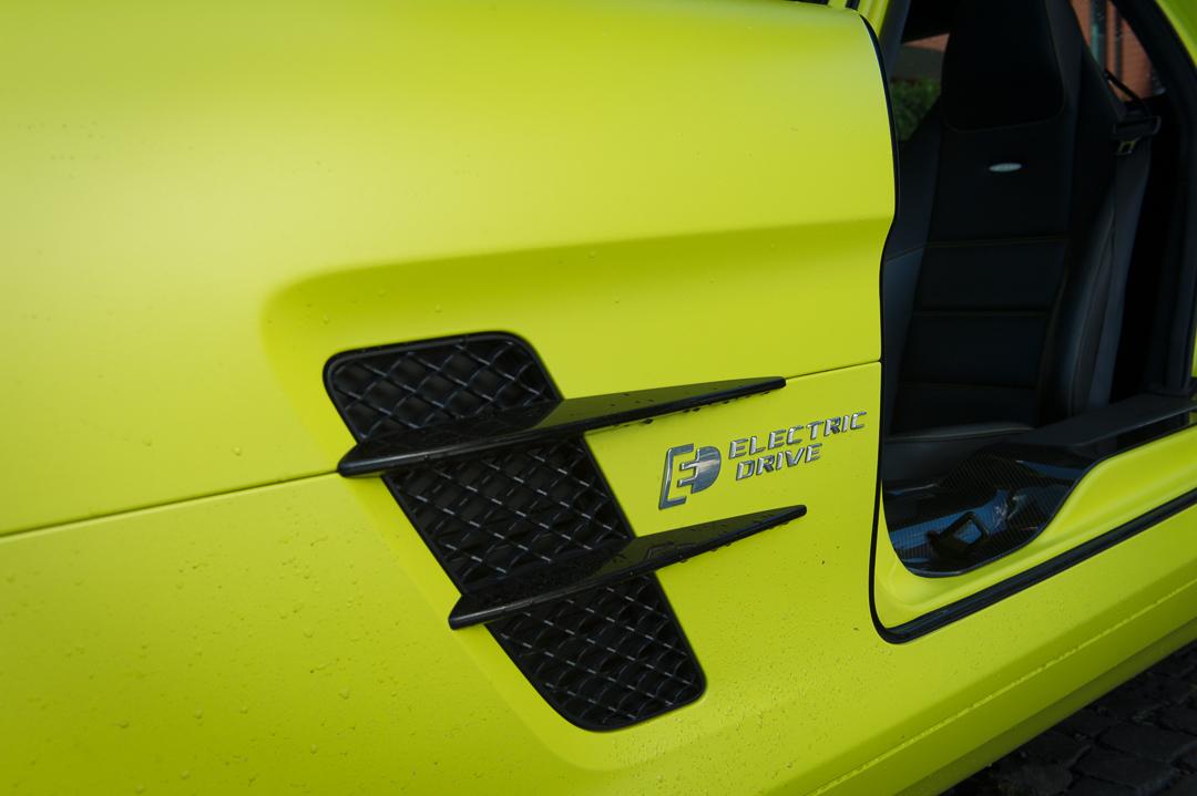 2013-mercedes-benz-sls-amg-electric-drive-gelb-10