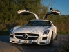 2013-mercedes-benz-sls-amg-gt-coupe-weiss-11