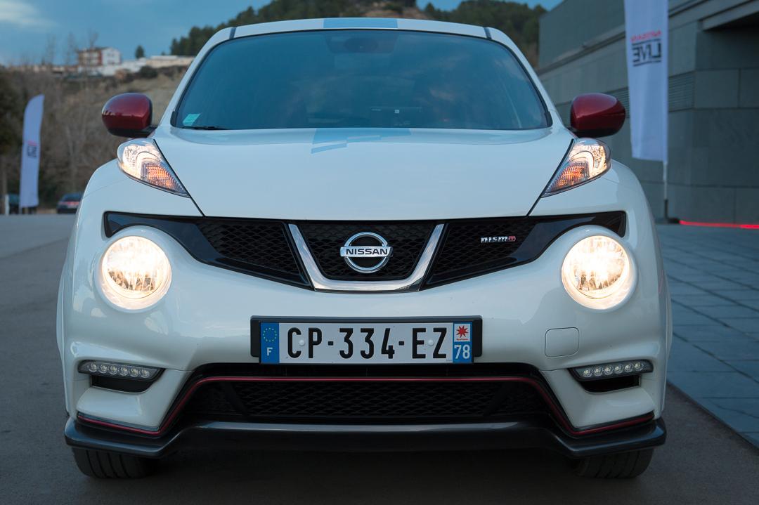 Mit dem 2013 nissan juke nismo ber spanische bergstrassen for Nissan juke innenraum