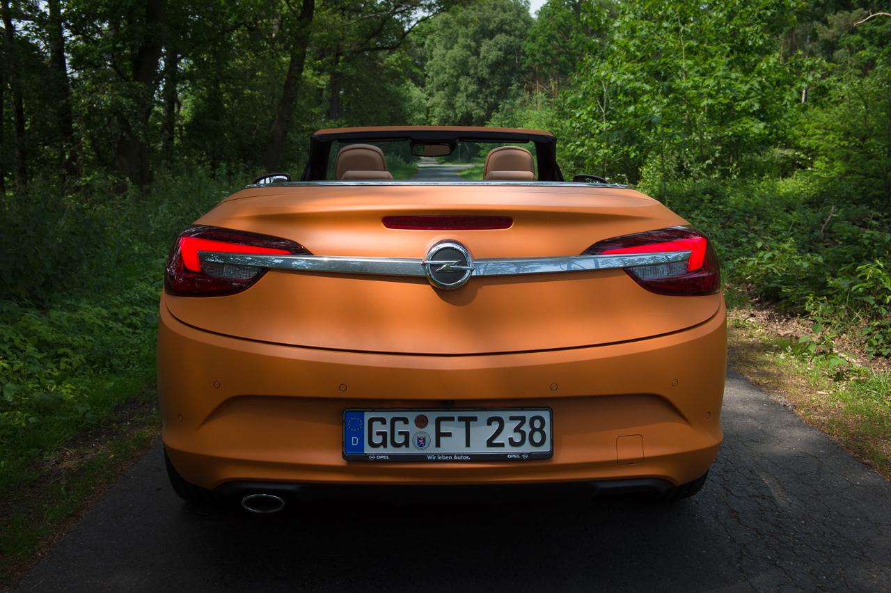 2013-opel-cascada-20-cdti-edition-orange-08