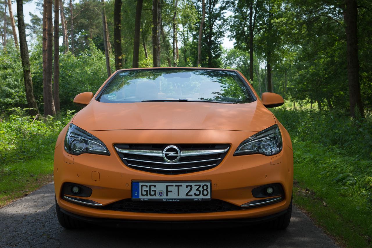 2013-opel-cascada-20-cdti-edition-orange-10