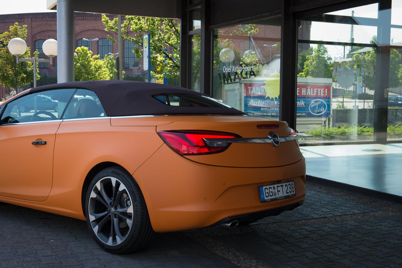 2013-opel-cascada-20-cdti-edition-orange-32