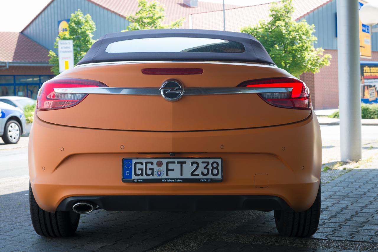 2013-opel-cascada-20-cdti-edition-orange-37