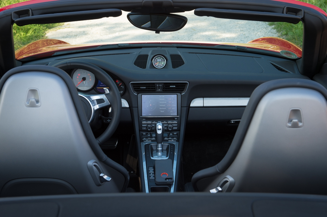 2013-porsche-911-carrera-s-cabriolet-991-indischrot-08