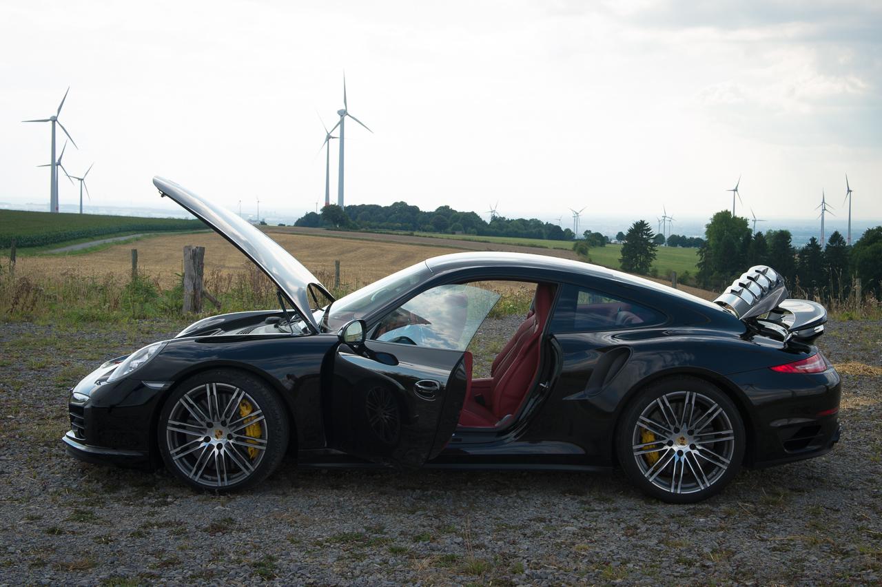 2013-porsche-911-turbo-s-991-schwarz-24