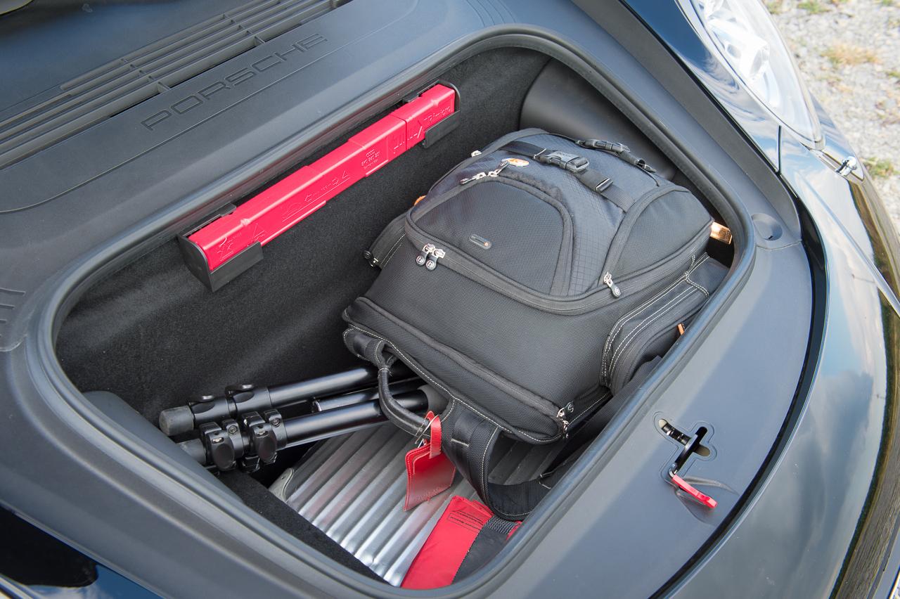 2013-porsche-911-turbo-s-991-schwarz-26