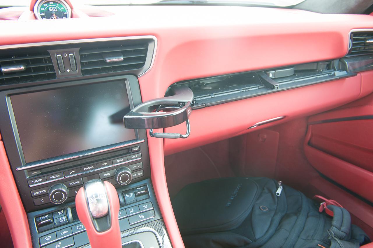 2013-porsche-911-turbo-s-991-schwarz-38